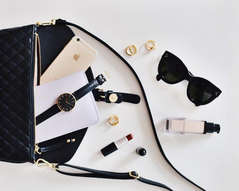 tipuri de accesorii pentru femei