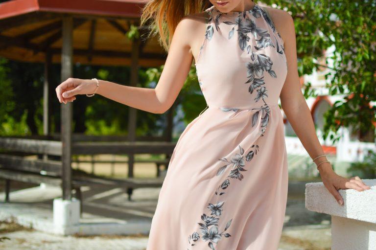 Stilul potrivit de rochie