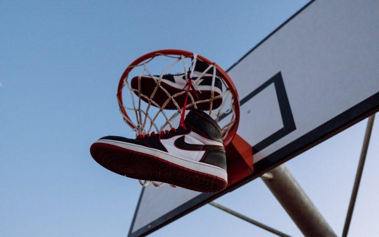 Ghete de baschet Jordan Retro 1