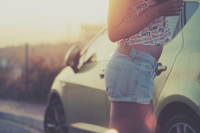 tipuri de pantaloni scurți pentru femei