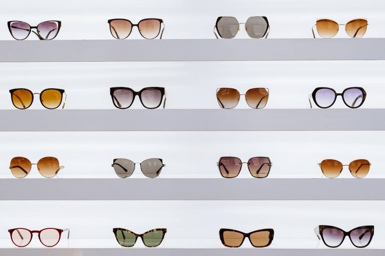 Diferite tipuri de ochelari de soare