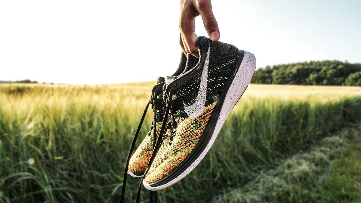 Pantofi de alergare